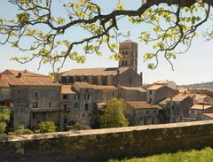 240-Montolieu-village-du-livre-Aude_focus_events